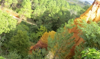 Travels: Roussillon, France