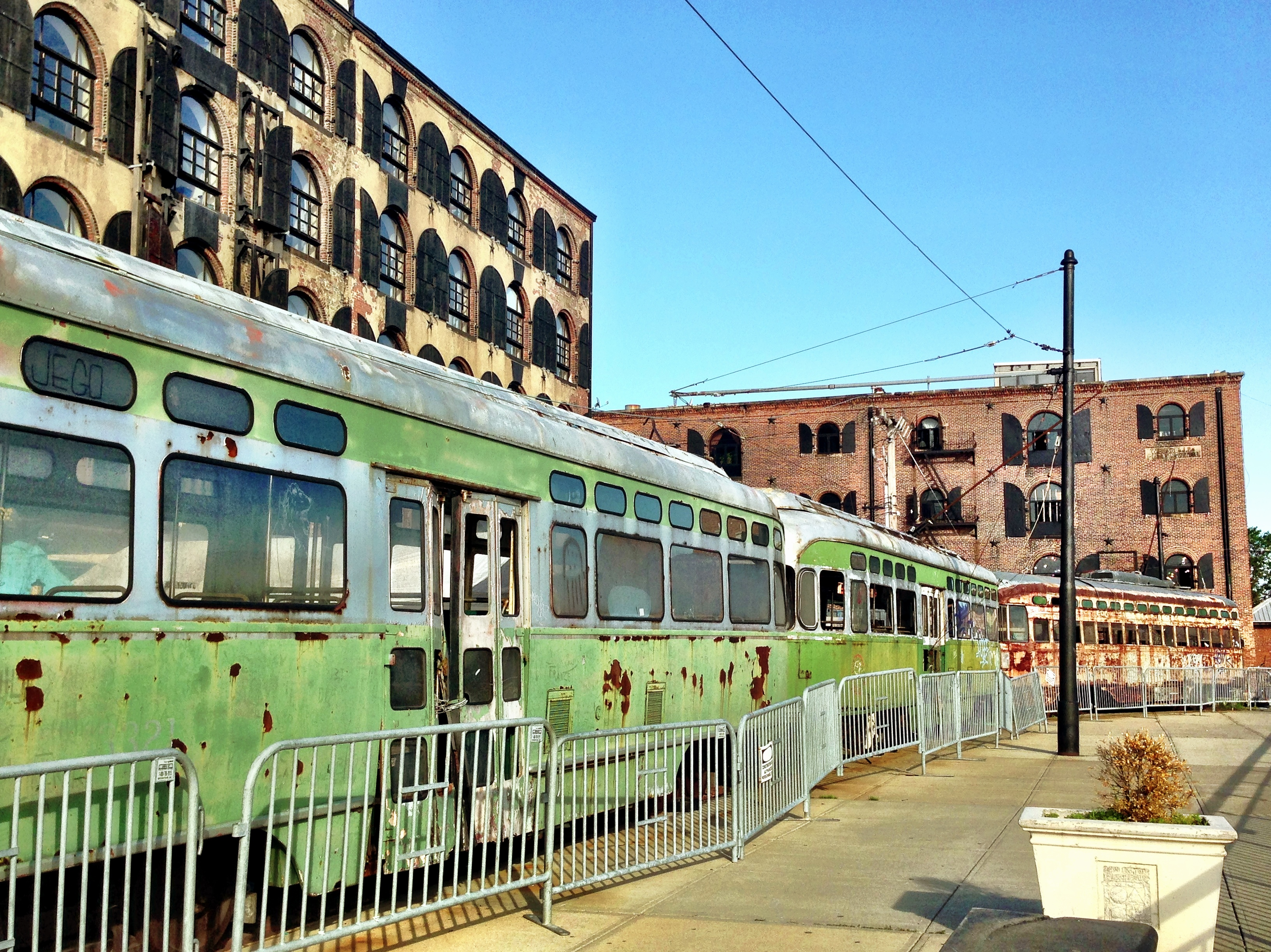 fairway subway cars red hook brooklyn